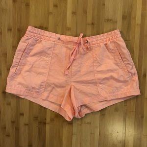 GAP linen blend shorts - size Large